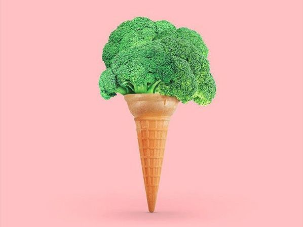 broccoli placed in an ice cream home for a healthy snack. caribu mommy mom mother's blog that gives parenting advice for kids, children, toddlers, preschoolers.